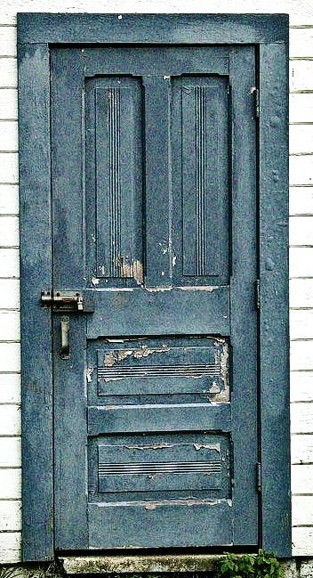 Wonderful Old Vintage Doors | Incorporating Vintage Doors Into A Beach Cottage Design    Sally Lee By