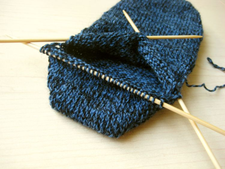 Knitting Wrap And Turn Tutorial : Custom fit socks stockinette and tutorials