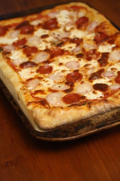 Enjoy Pepperoni Pizza with Shallots and Red Pepper with fresh mozzarella #food #recipe #pizza