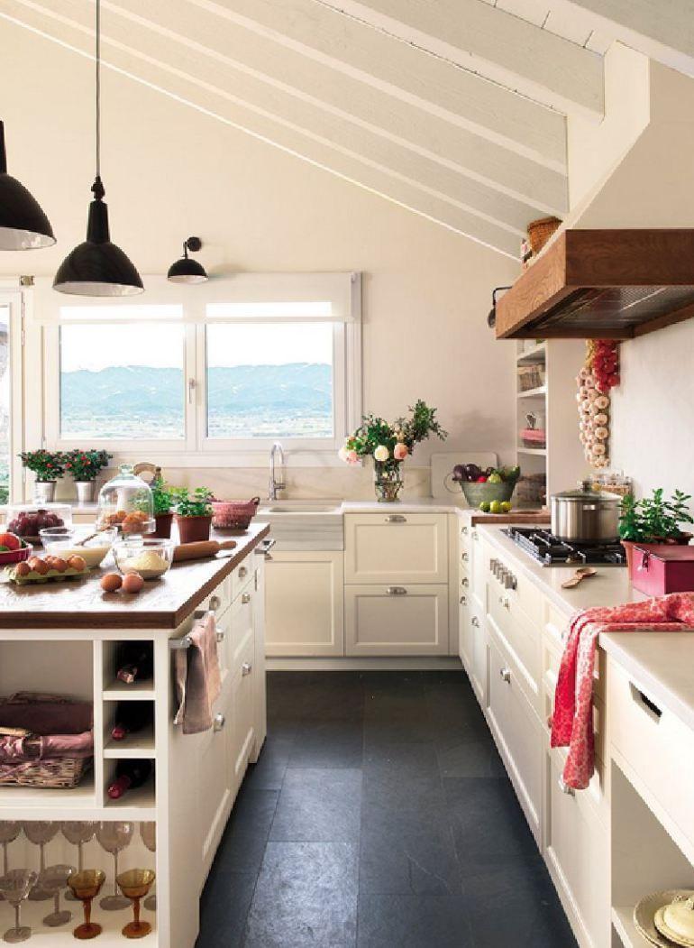 adelaparvu.com despre casa in Pirinei, casa Spania, decorator