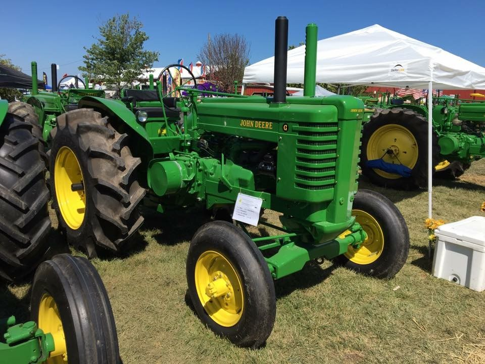 John Deere Equipment, Old