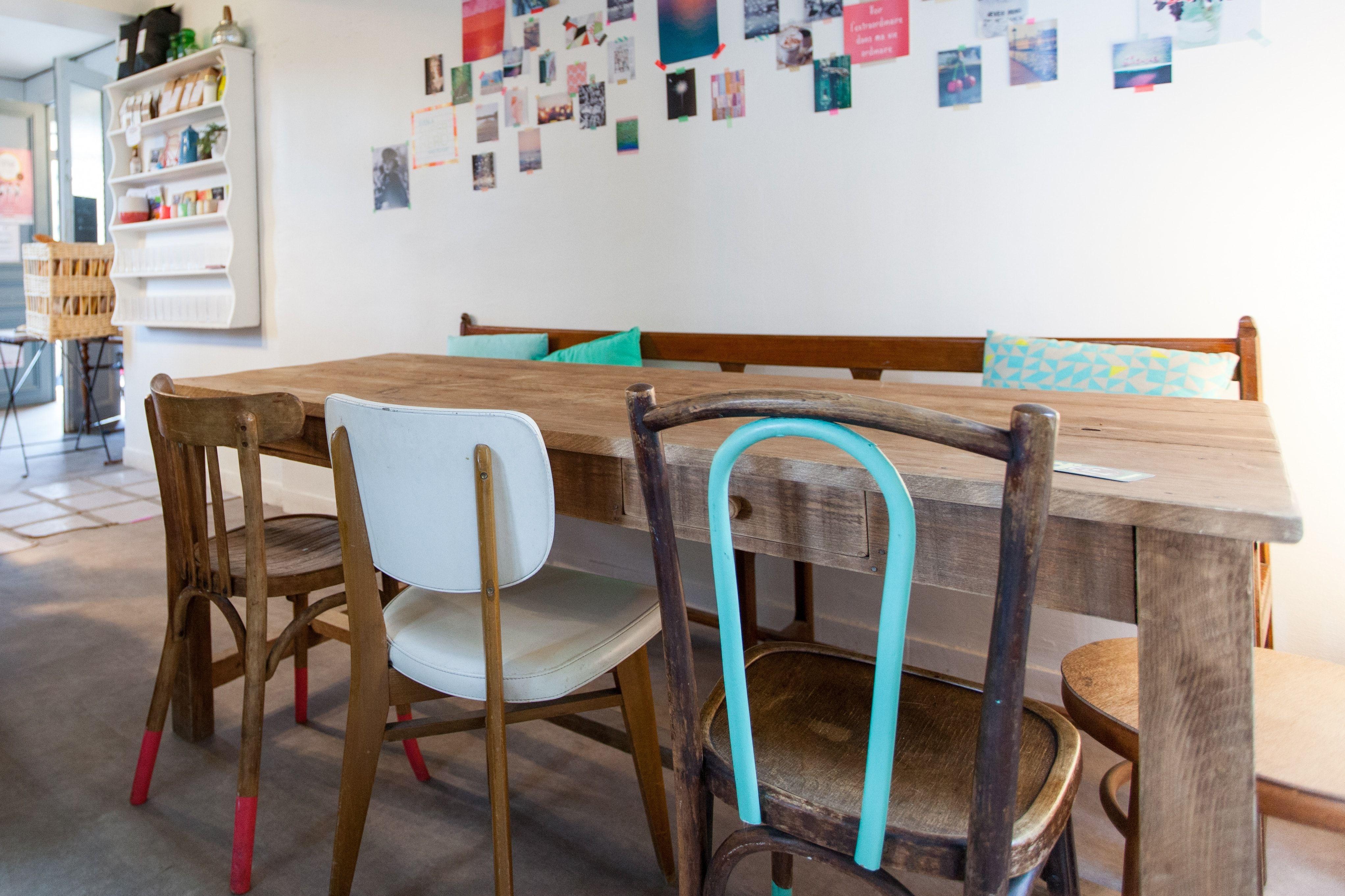 des chaises d�pareill�es chin�es : des chaises d�pareill�es