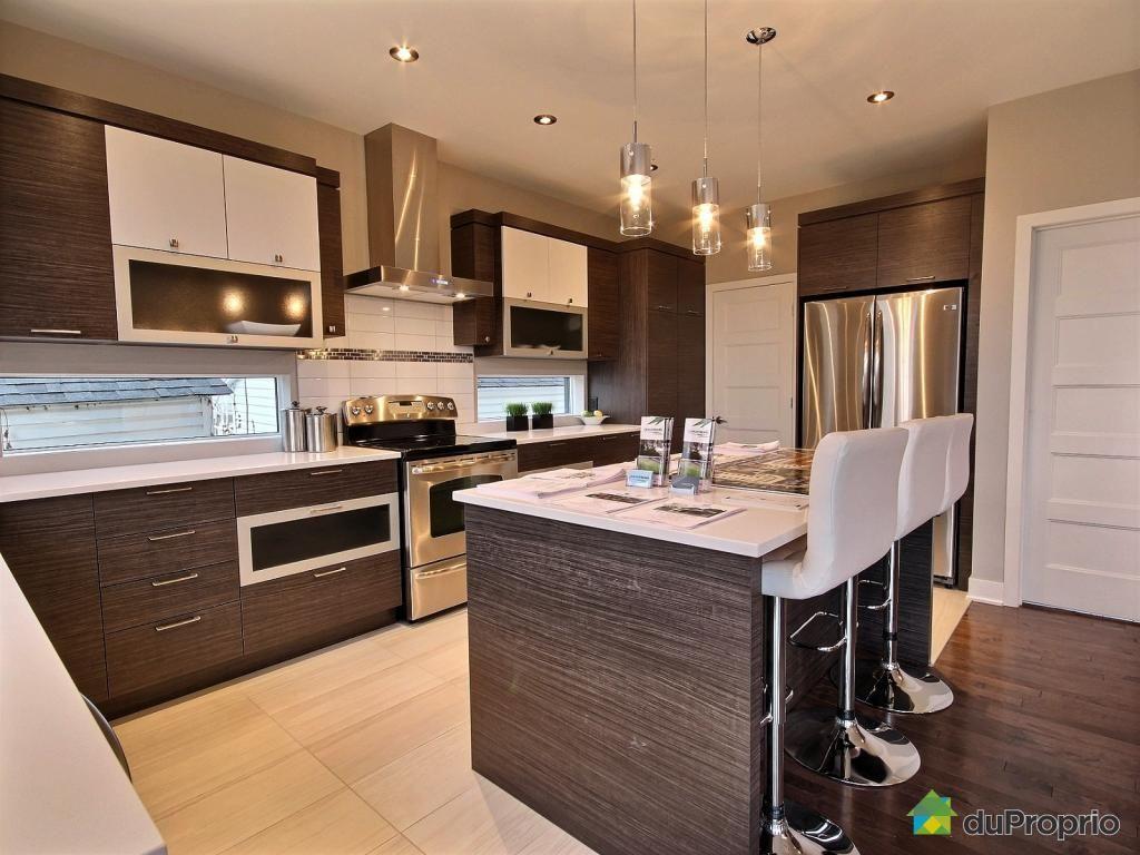 jetez un coup d oeil cette superbe propri t vendre. Black Bedroom Furniture Sets. Home Design Ideas
