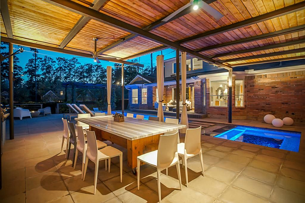 2 Beauty Bower Pl The Woodlands Tx 77382 Photo Outdoor Kitchen Bower Beauty Pool