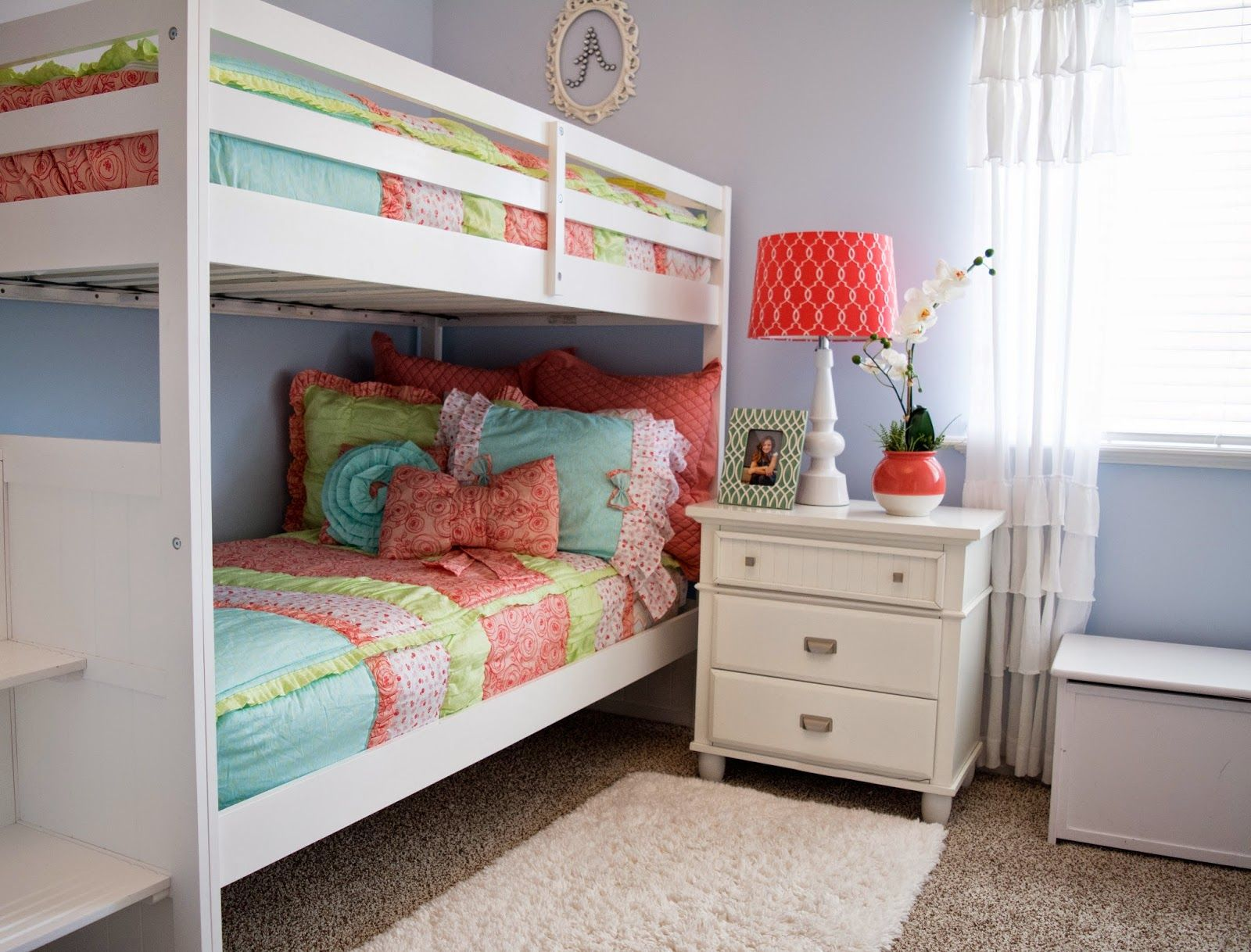 The PERFECT bedding for bunk beds. How awesome is this