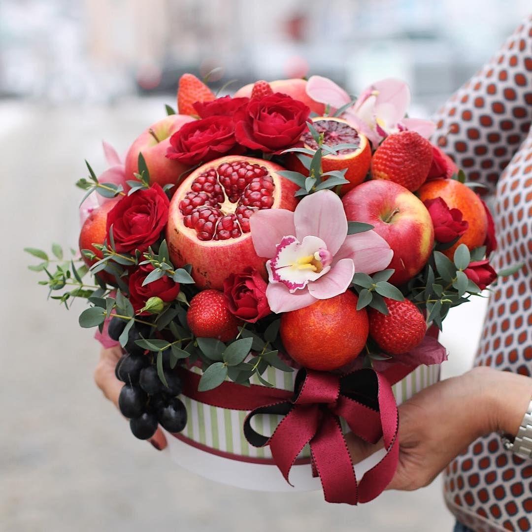 букет из ягод и цветов картинки красивые многих странах