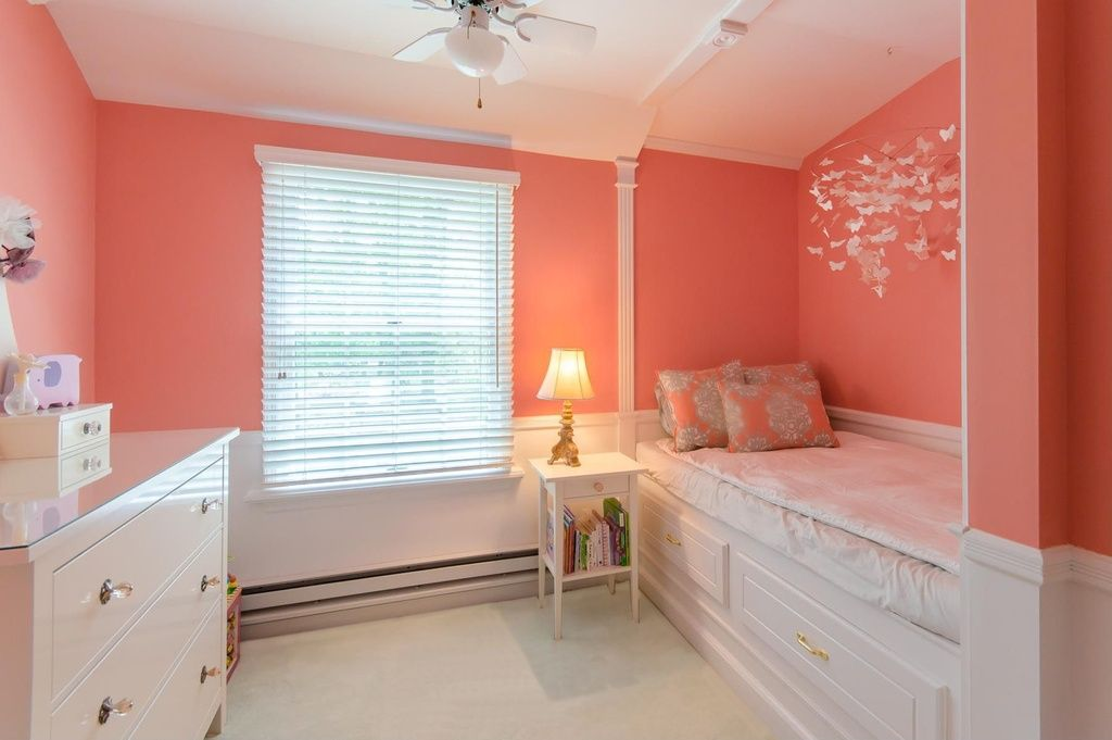 Traditional Kids Bedroom with Ceiling fan, Carpet, Bunk beds, flush light, High ceiling, Wainscoting