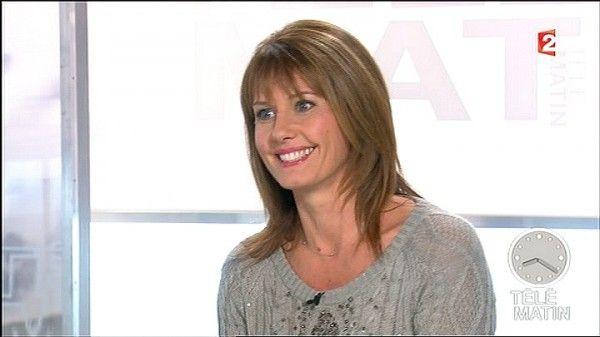 Télématin animteurs de chroniqueuse Chalençon télé matin Isabelle RBxFwv4