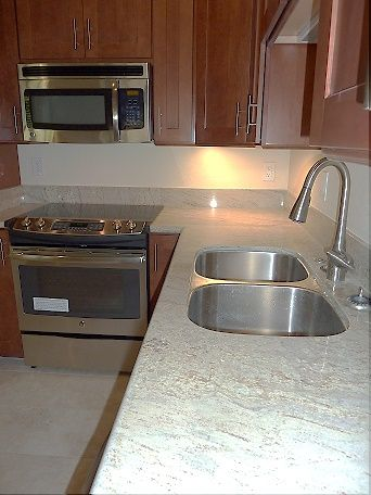Kitchen Remodel: Brand new granite