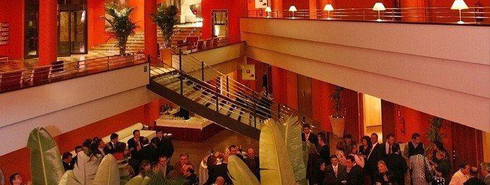 En Hotel Ribera de Triana disponemos de una amplios espacios diseñados para la celebración de congresos, reuniones o eventos en el centro de Sevilla. ¡Descubre todas las posibilidades que ofrecemos!> http://bit.ly/1TExemw