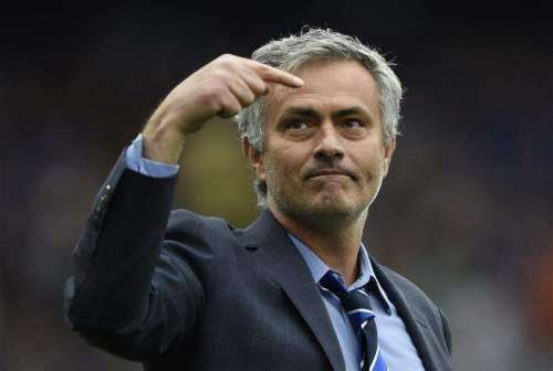 Chelsea fans hold key to Mourinho's future - http://footballersfanpage.co.uk/chelsea-fans-hold-key-to-mourinhos-future/