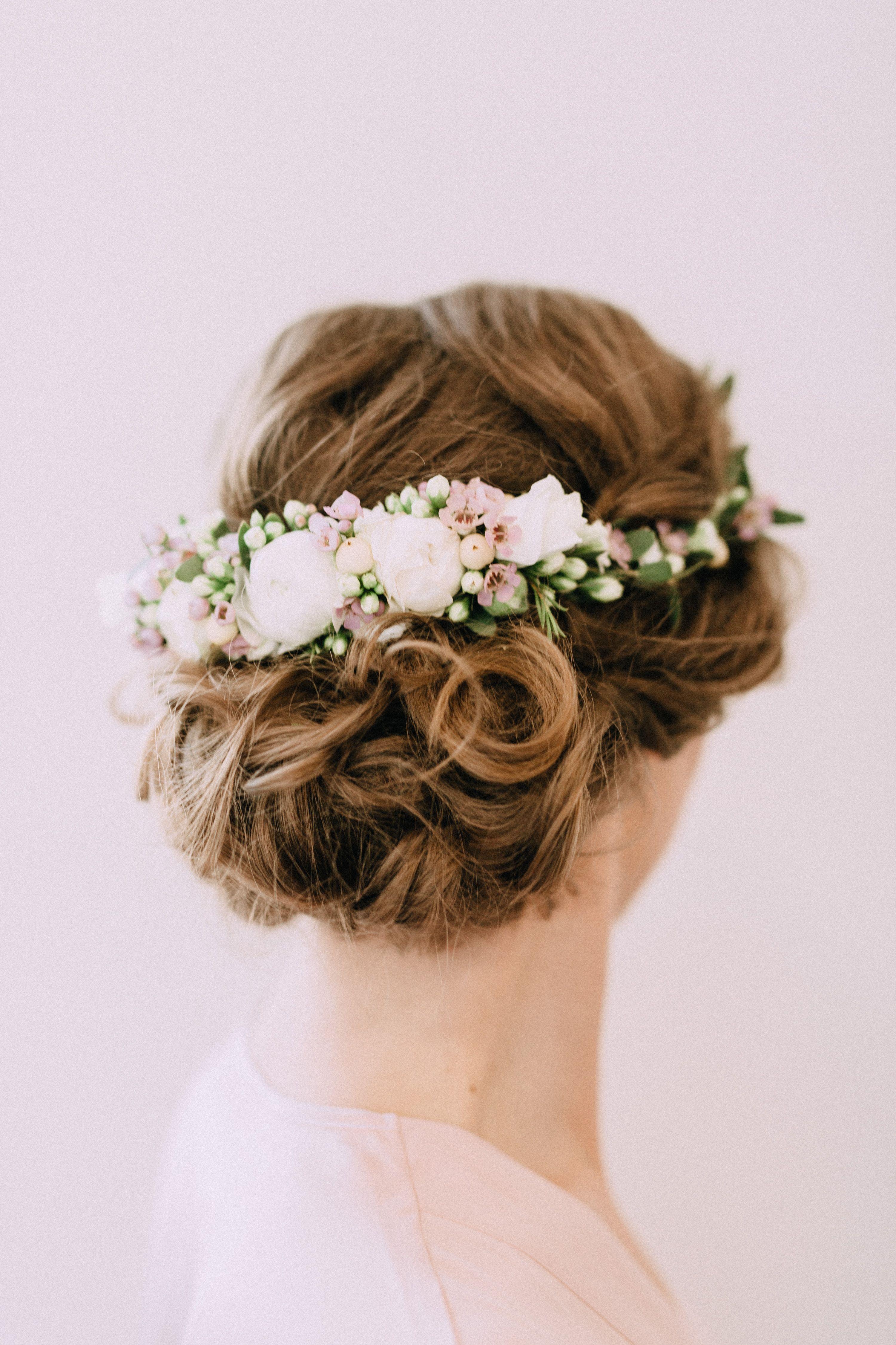 Inna Studio Flowers For Hair Kwiaty We Wlosach Polwianek Na Slub Wedding Fot Bajkow Wedding Guest Hairstyles Indian Bridal Hairstyles Bride Hairstyles