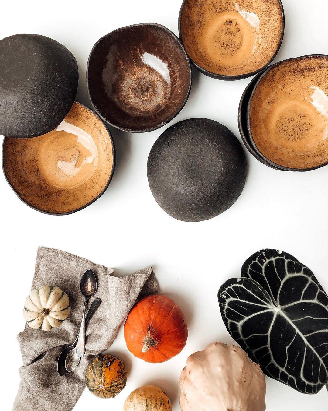 Tedenski jedilnik juhic lahko spremljate na naših storijih  . . #artofvisuals #autumn #community #foragebyfolk #food #foodie #fallvibes #eeeeeats #flatlay #global_hotshotz #ig_captures #igdaily #folkgood #lunch #kinfolk #kampadanes #minimal #minimalism #onthetable #sociality #still_life_gallery #soup #plantbased #thehappynow #thatsdarling #veggies #vegan #vsco #visualsoflife #visitkranjTedenski jedilnik juhic lahko spremljate na naših storijih ...
