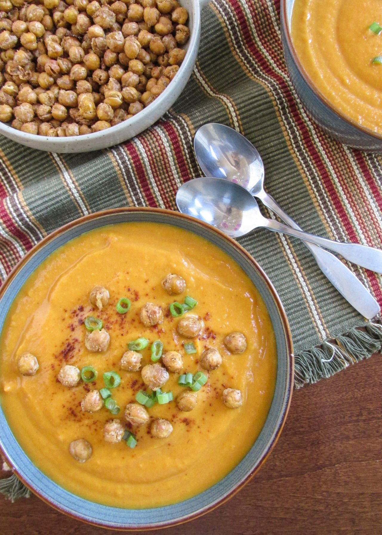 beautifulpicturesofhealthyfood:  Email Submission Creamy Gingered Sweet Potato and Carrot Soup with Spicy Roasted Garbanzo Beans - Easy vegan, crock pot recipe