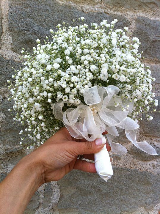 Simple bouquet of baby's breath.  Flowers by Cristina Fiorista Faluomi www.romanticitalianweddings.com