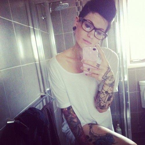 Brilliant idea tattoo girl self shot