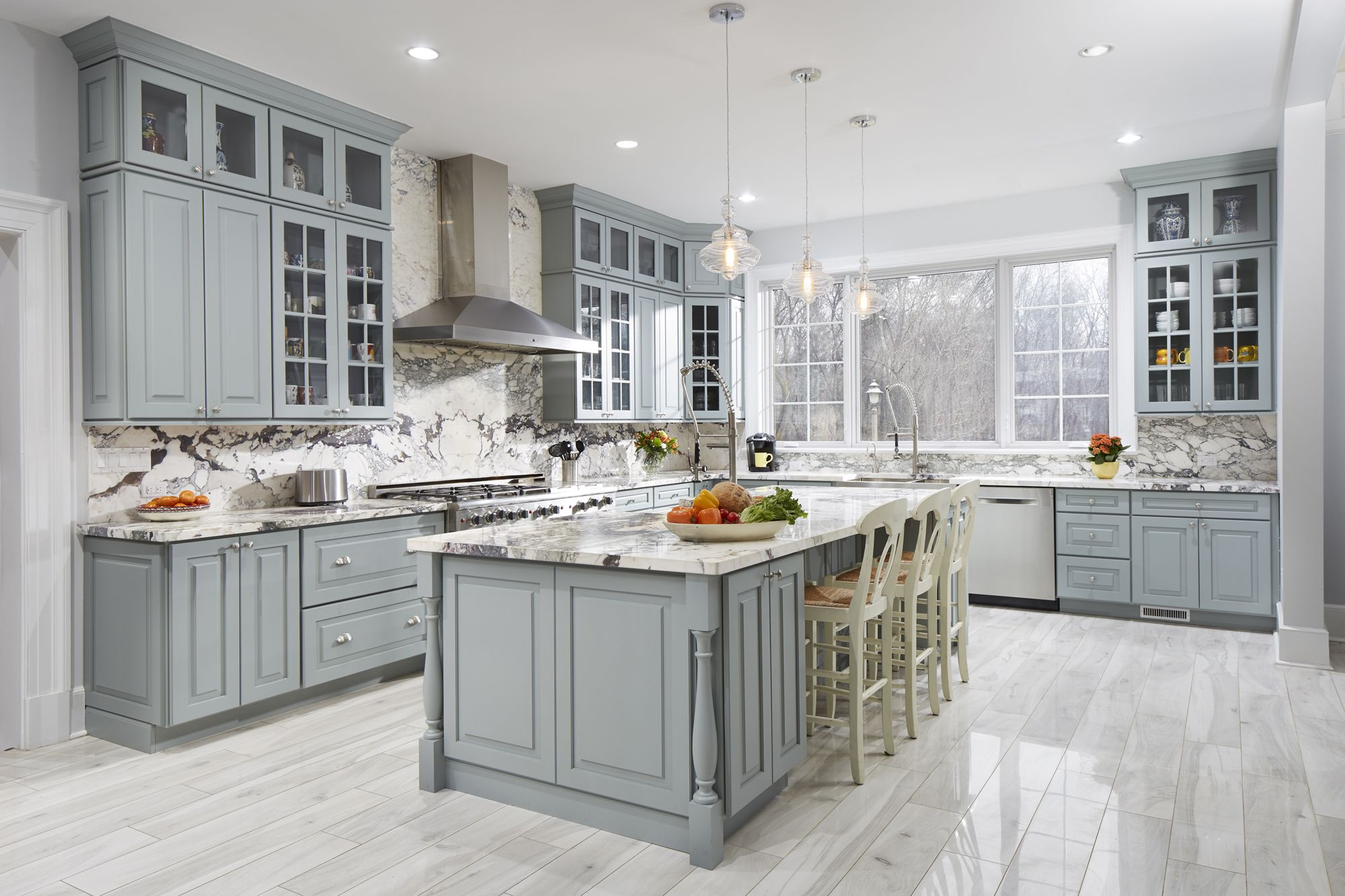 a stunning larchmonth ny gray and white kitchen using cliqstudios cambridge cabinets in harbor on kitchen ideas white and grey id=30098