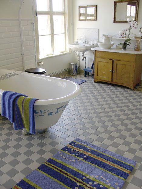 Inredning toaletter plastmatta : 17 Best images about Toainredning on Pinterest | Inredning ...