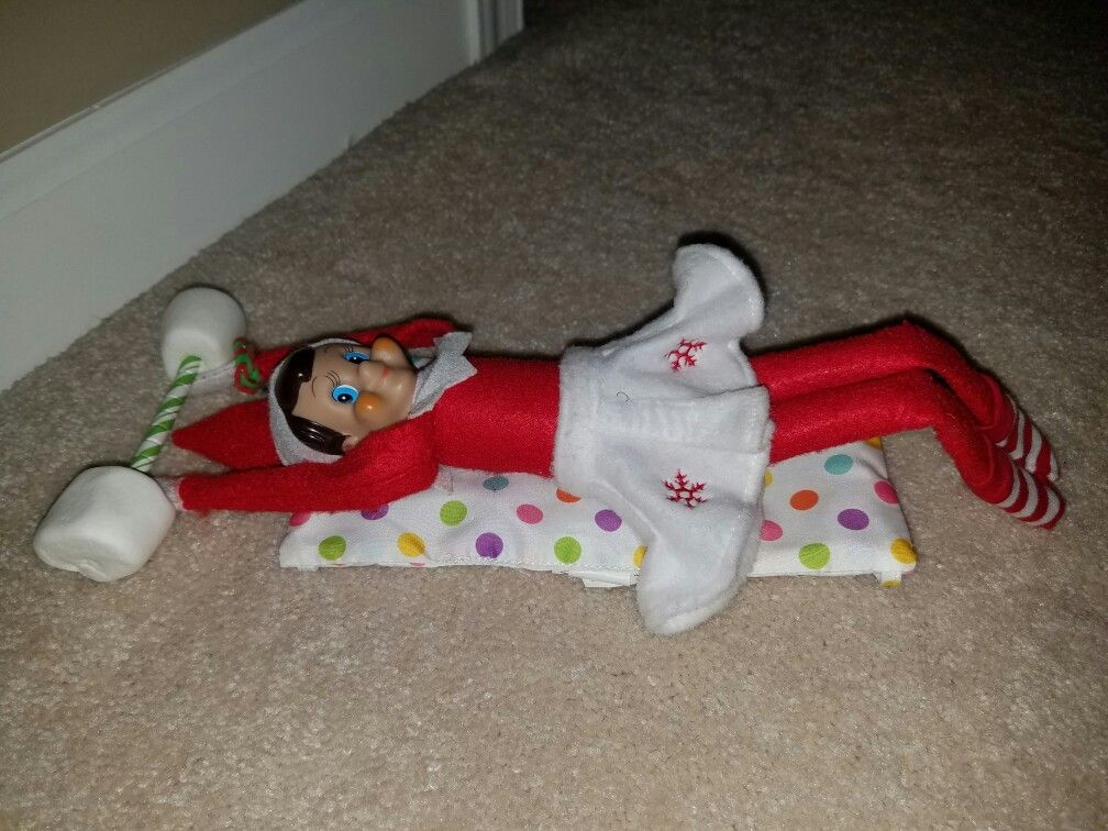 Day 14: Henrietta gets in an early morning workout! She needs to bulk up for Santa's big night!