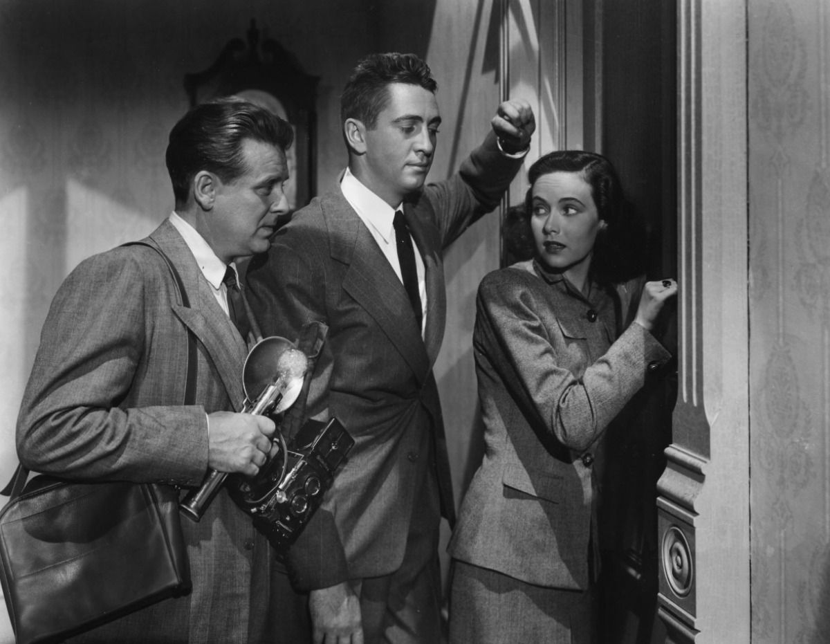 Shadow-of-a-Doubt-hitchcock-.jpg | Hitchcock film, Teresa wright ...