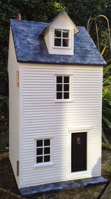Julie's dolls house blog: 1/12th Scale 'Smuggler's Cottage'