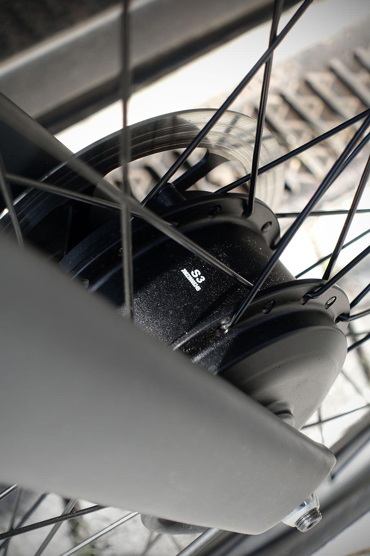 Neu Smart Und Elektrisch Das Vanmoof S3 Im Test Urbanbike News In 2020 E Bike Elektrisch Automatikgetriebe