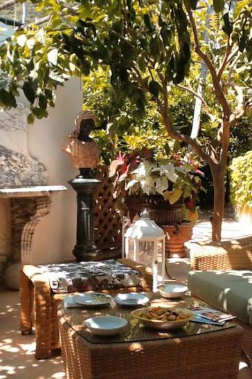 """""""Da Paolino"""" restaurant, under lemon trees..."""