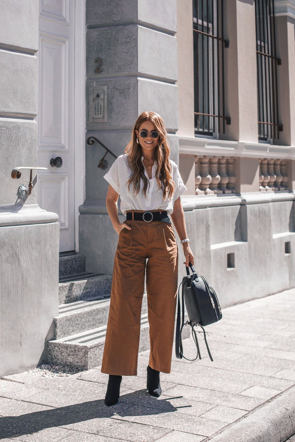 fcdb7b2b 2 Smart Casual Outfits I'm Wearing on Repeat — Lion in the Wild ...