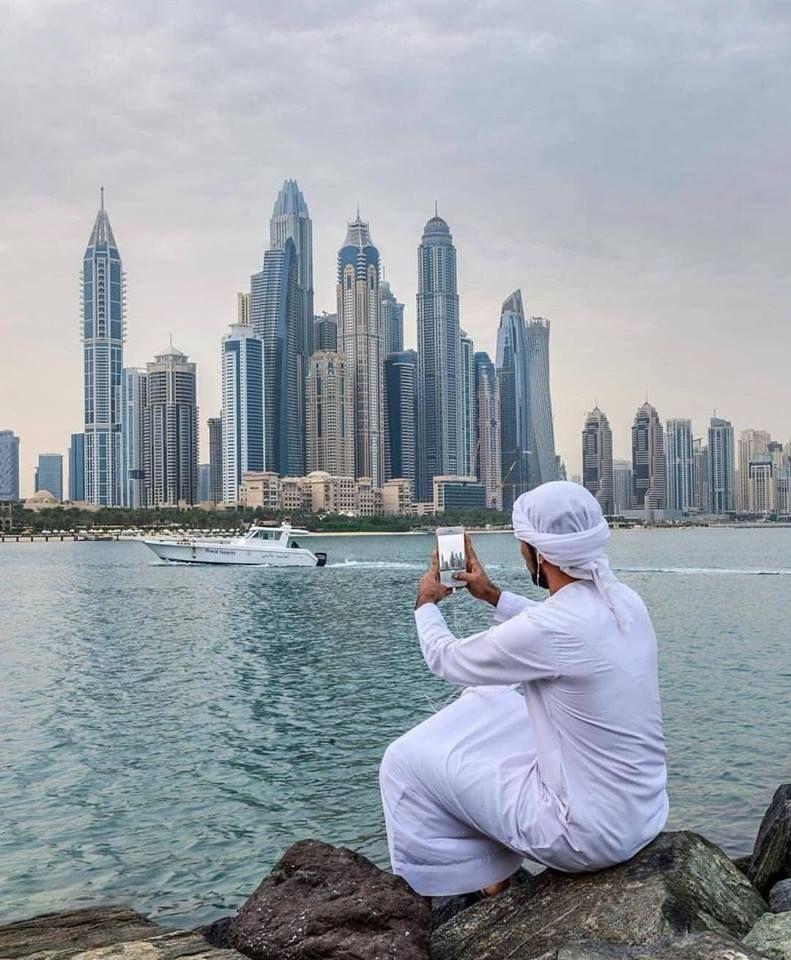 Jobs In Dubai Dubai And Uae 1 Employment For All Professionals Semi Professionals Skilled And Semi Skilled Job Seekers Jobsinduba Dubai City Dubai Travel