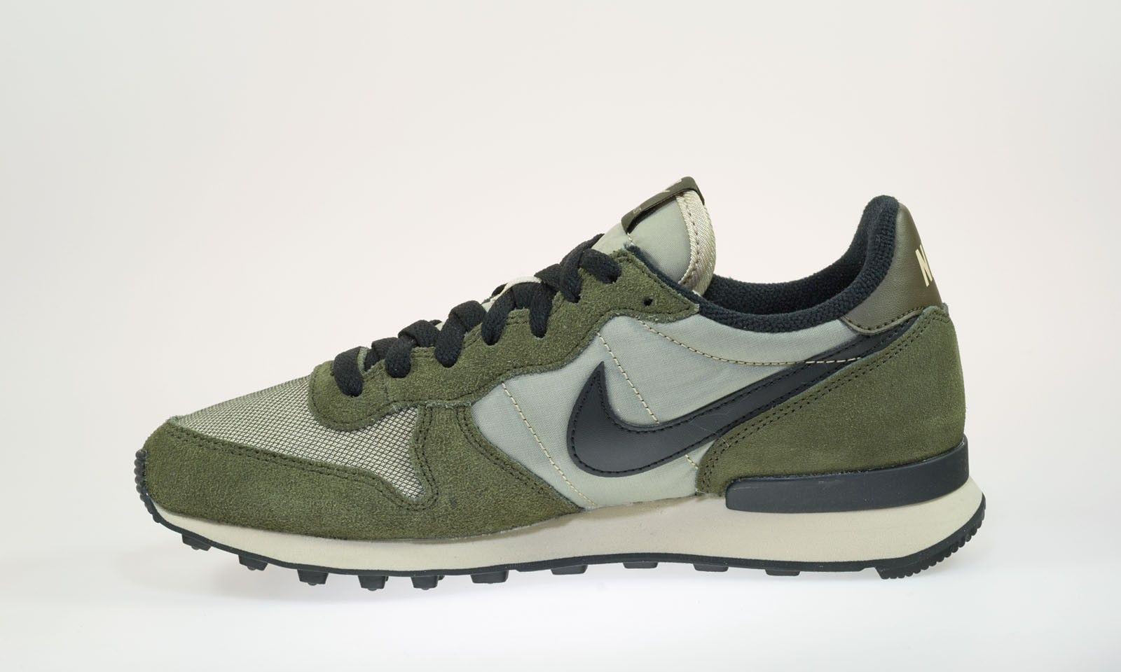 australia nike internationalist mid grün trainers 02840 6e587