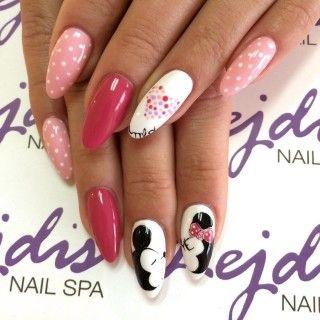 Manicure Z Myszką Miki Paznokcie Pinterest Manicure Nails I