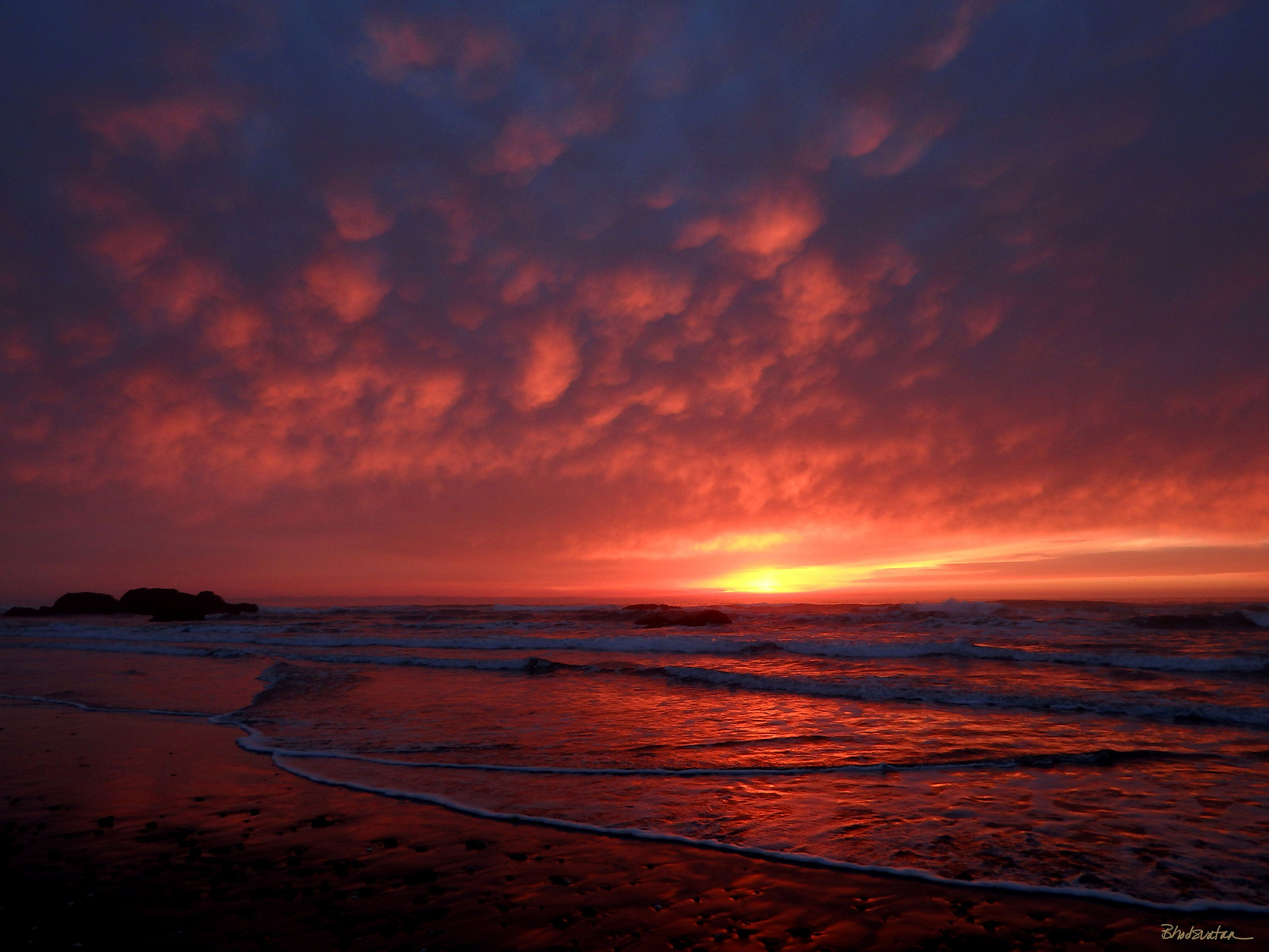 Sunset On Bailey Beach Gold Oregon