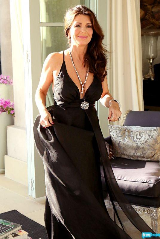 Lisa Vanderpump Black Floor Length Dress Wedding Vow Renewal Ceremony Lisa Vanderpump Style Vanderpump Vanderpump Style