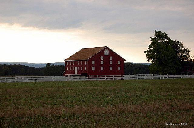 Wondrous Barn Gettysburg Barns House Styles Barn Gettysburg Creativecarmelina Interior Chair Design Creativecarmelinacom