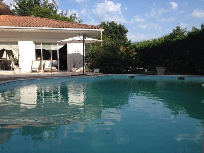 VENTE BELLE DEMEURE DE PLAIN PIED 8 PIECES 260 M2 AVEC PISCINE - location maison cap d agde avec piscine