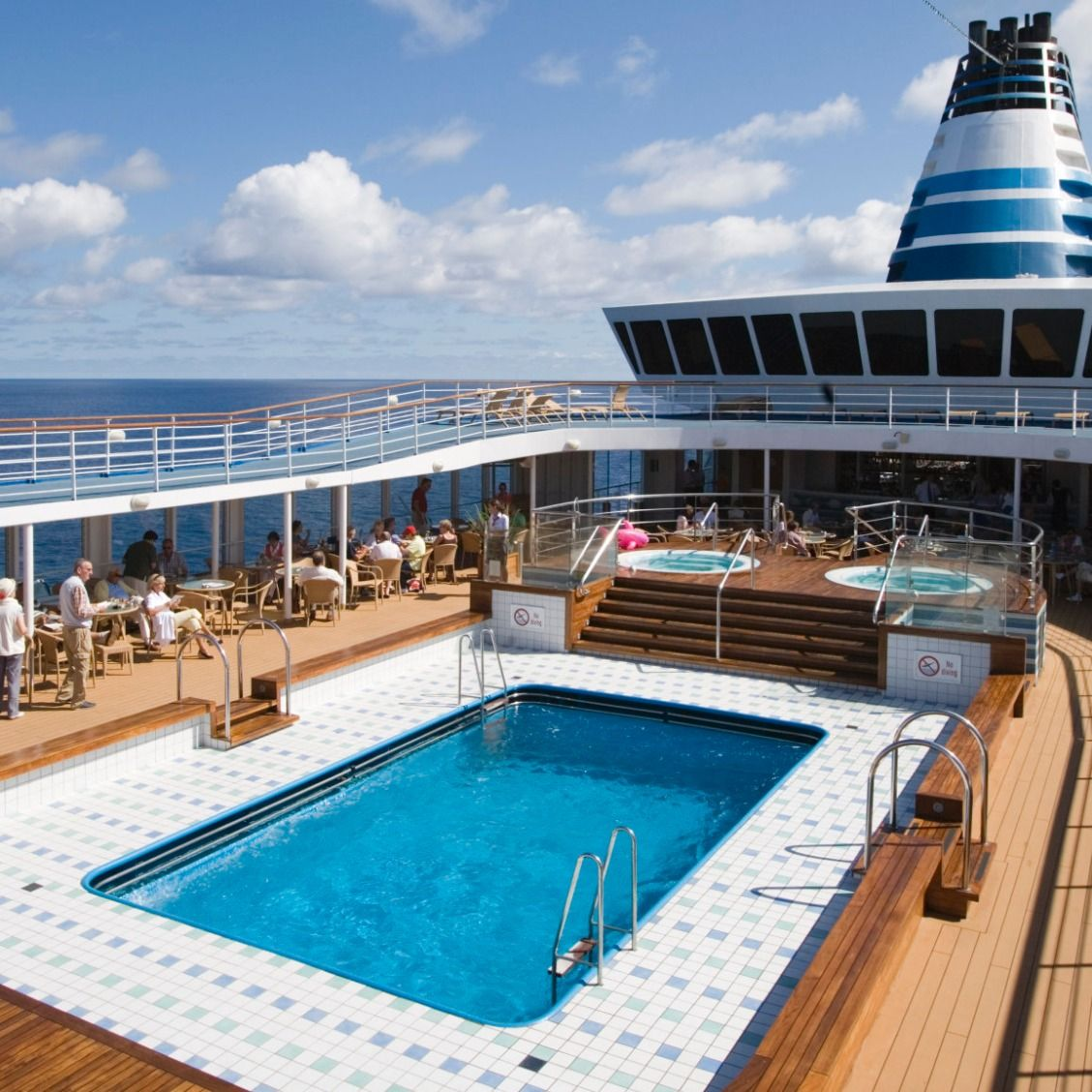 Things You Should Never Do On A Cruise Cruises Bon Voyage And - 9 things not to bring on your next vacation