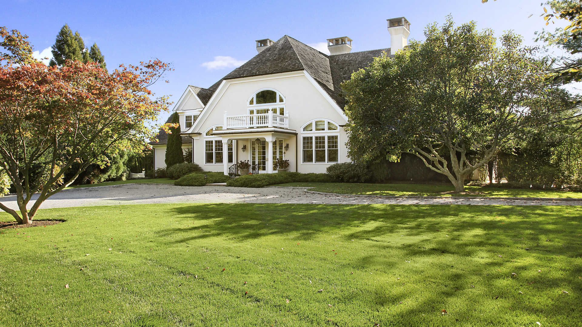 Luxury Home For Sale In 64 Down East Lane, Hamptons, NY #LuxuryProperty.com