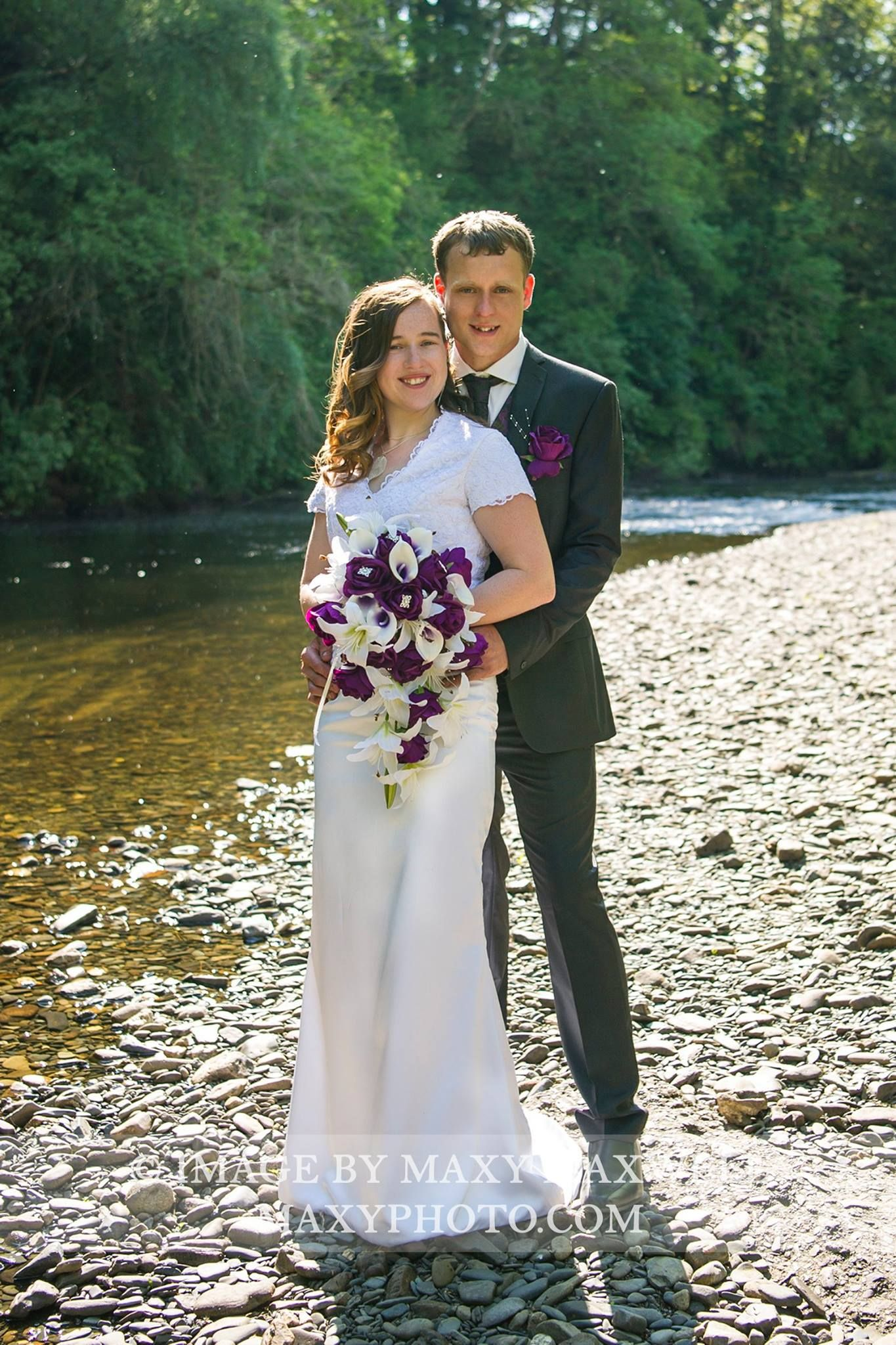 Amy and john enjoyed their summer wedding in wales at caer beris