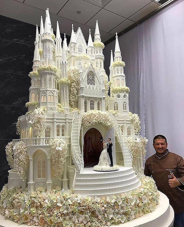 Amazing Wedding Cakes! in 2020 Castle wedding cake