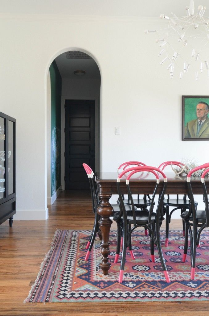 black pink chairs / Dining room / dining table
