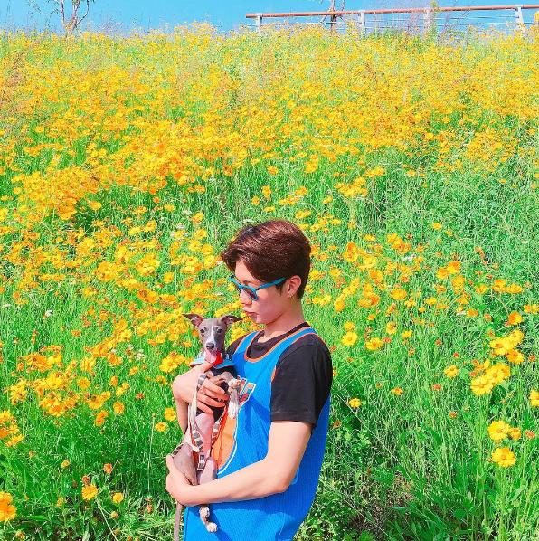 160529 フニ ジヌ Instagram お花畑のフニ&オット ベッドのレイ&ジヌ | acchanのブログ♡WINNER&ナムテヒョン♡カンスンユン♡キムジヌ♡イスンフン♡ソンミンホ♡ナムテヒョン♡サランヘ!WINNER~GO UP!!