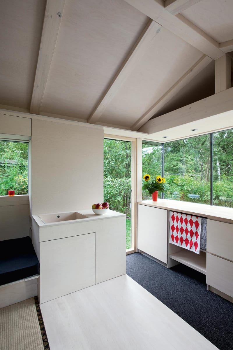 Schrebergarten Einrichten So Wird Die Gartenlaube Zum Cottage Kleines Hauschen Gartenhaus Modern Winzige Hauser