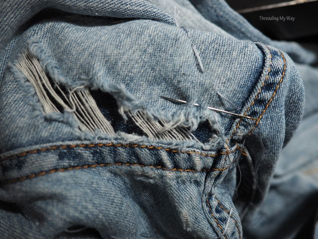 af71dcb79de How to mend a large hole in a pair of jeans. Tutorial by Threading My Way
