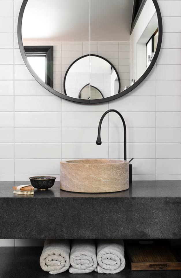 Unique Round Mirror Shaving Cabinet Black Tap Ware Interiordesign Beecroft House Sydney Round Mirror Bathroom Bathroom Design Bathroom Inspiration