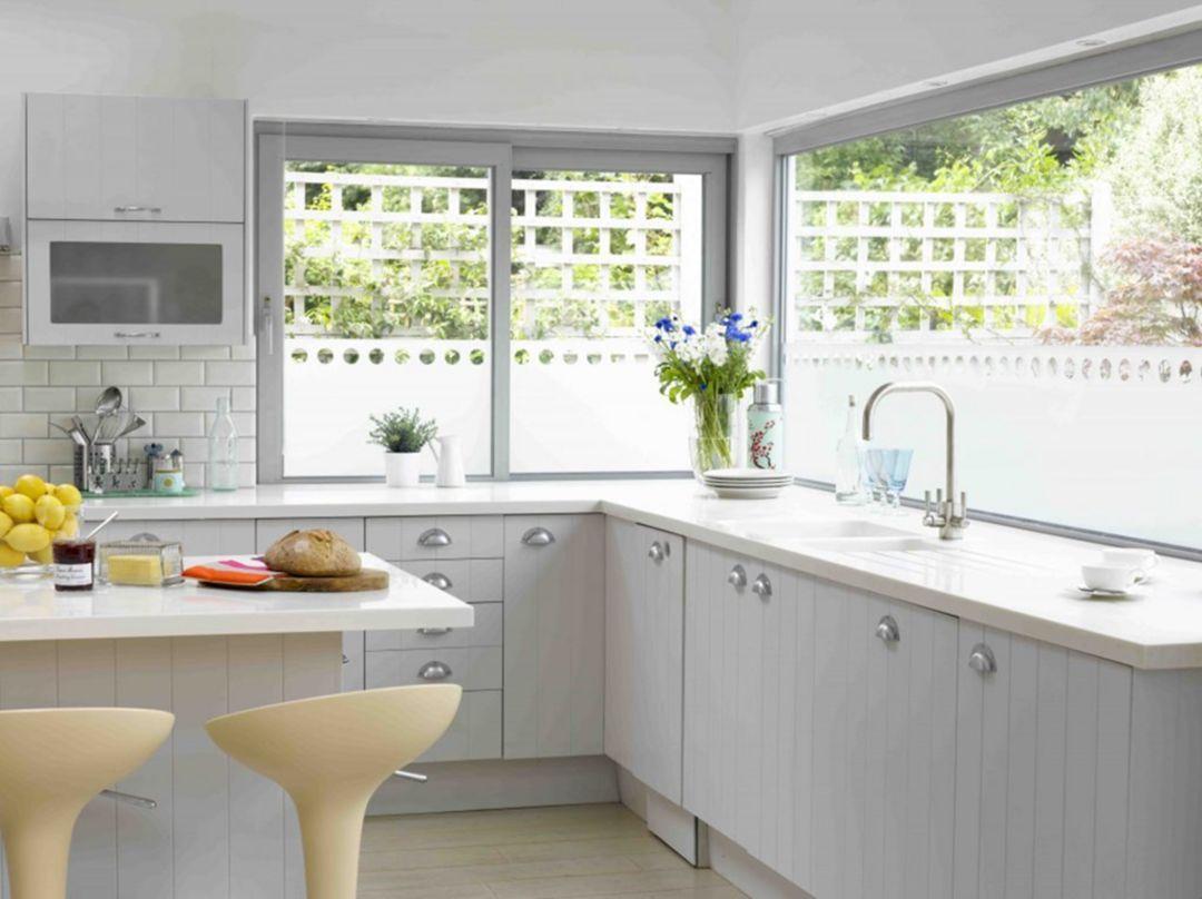 10 Impressive Minimalist Kitchen Design And Decor Ideas For Your Inspiration Design Decorating Kitchen Window Design Tiny House Kitchen Kitchen Remodel