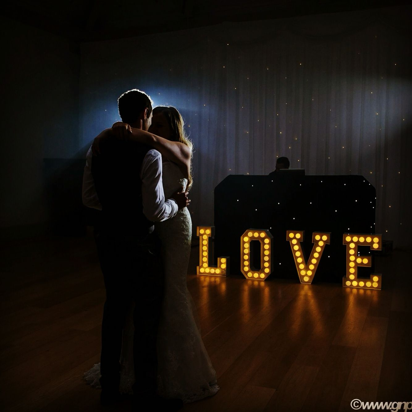 Love is in the air #weddingphotography #weddingphotographer