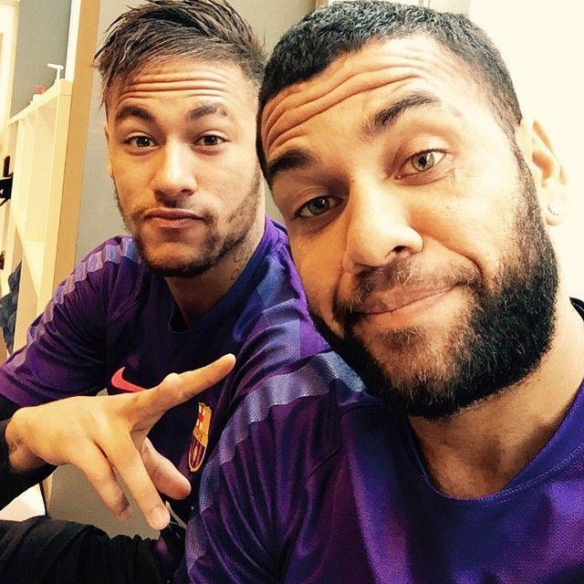 "dsjneymar: ""Neymar & Dani Alves - 19/02/2015 Via danid2ois Instagram """