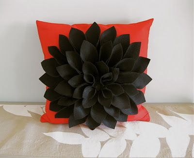 H is for Handmade: Felt Chrysanthemum Pillow