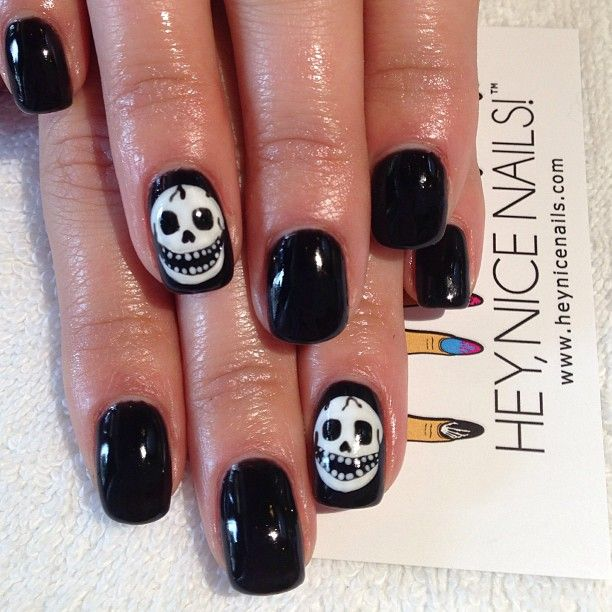 Black Nails with Skull Accent Nail - Hand Painted Skulls - Reminds Me Of The Misfits Logo Nail Art