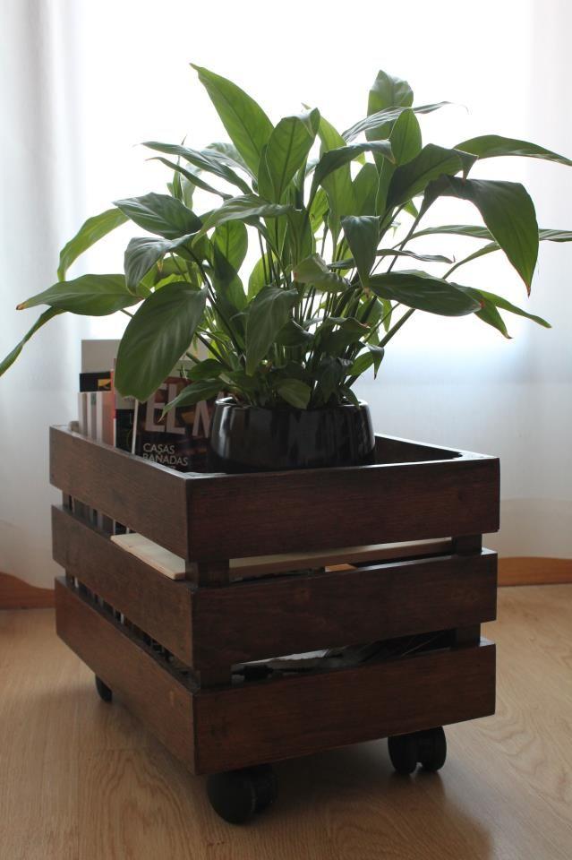 caixote madeira escura rodinhas casa Pinterest Cajas de fruta